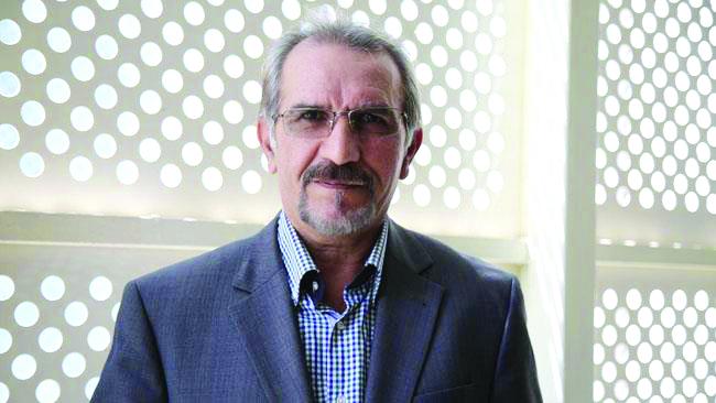 رئیس انجمن صنایع پروفیل upvc در و پنجره ایران:دخالت در بورس کالا، رقابت را از بین برده